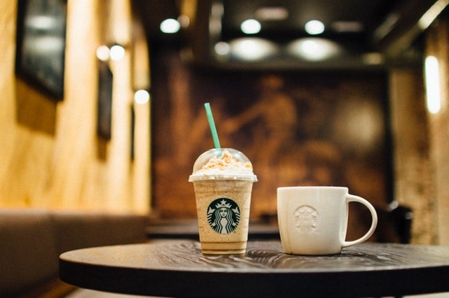 Coffee shop-7 Genius Ways to Get Free Internet at Home & Public (Legally)
